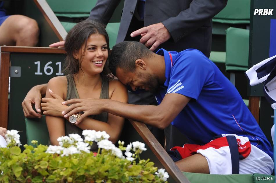 Jo Wilfried Tsonga et sa petite-amie Noura pendant la demi-finale de la Coupe Davis 2014