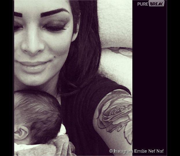 Emilie Nef Naf présente son fils Menzo sur Instagram le 24 novembre 2014