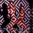Jennifer Lopez et Iggy Azalea sur la scène des Amercian Music Awards 2014, le 23 novembre à Los Angeles