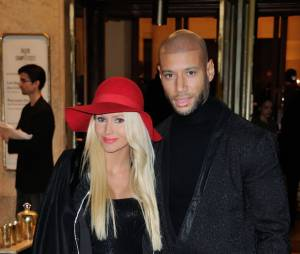 Tatiana Laurens et Xavier Delarue à la soirée d'illuminations de l'avenue Montaigne, le 27 novembre 2014 à Paris