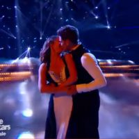 Rayane Bensetti et Denitsa Ikonomova en couple ? Bisou durant la finale de DALS 5