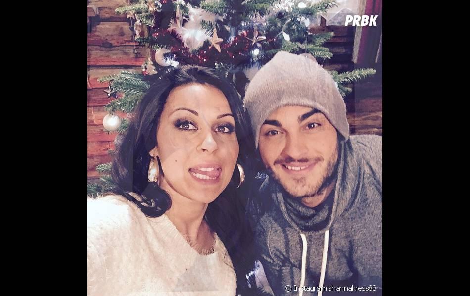 Shanna et Thibault : selfie en couple pendant le tournage des Anges fêtent Noël, le 11 décembre 2014