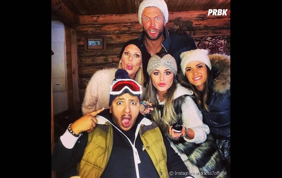 Anaïs Camizuli, Amélie Neten, Kamel, Benjamin et Capucine Anav sur le tournage des Anges fêtent Noël, le 11 décembre 2014