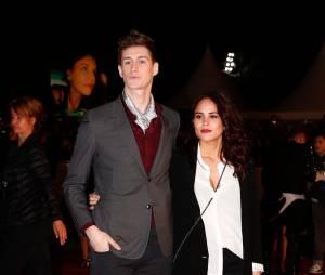 Jean-Baptiste Maunier et sa petite-amie aux NRJ Music Awards, le 13 décembre 2014 à Cannes
