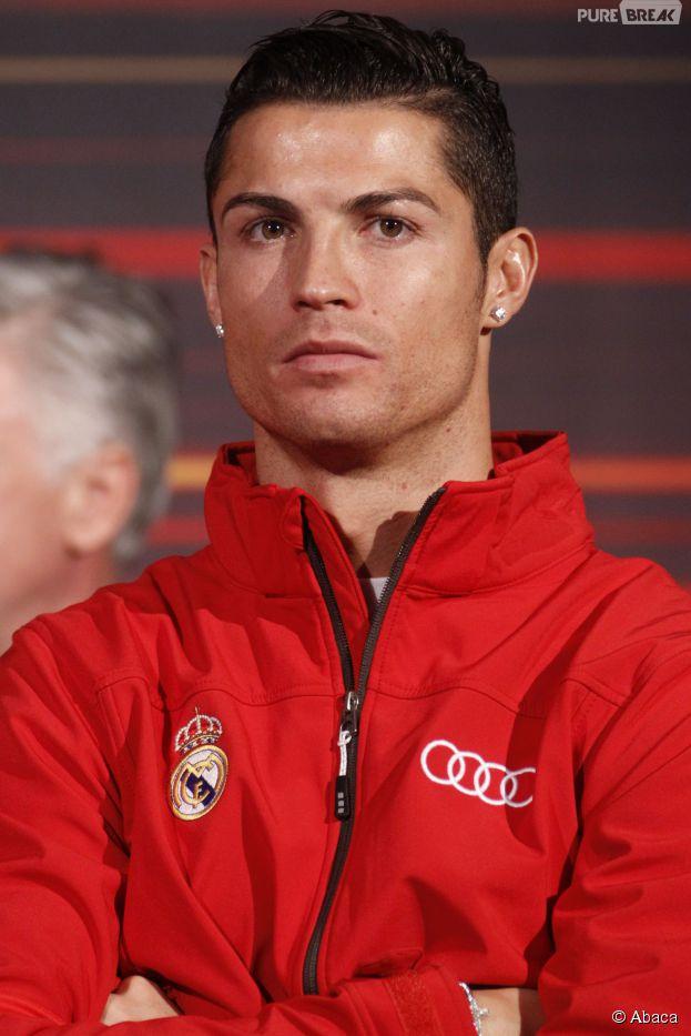 Cristiano Ronaldo a inauguré une statue à son effigie, le 21 décembre 2014