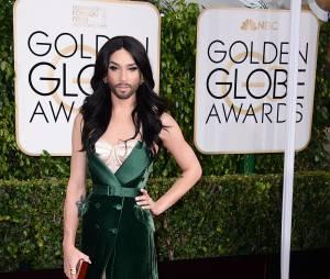 Conchita Wurst sur le tapis rouge des Golden Globes, le 11 janvier 2015 à Los Angeles