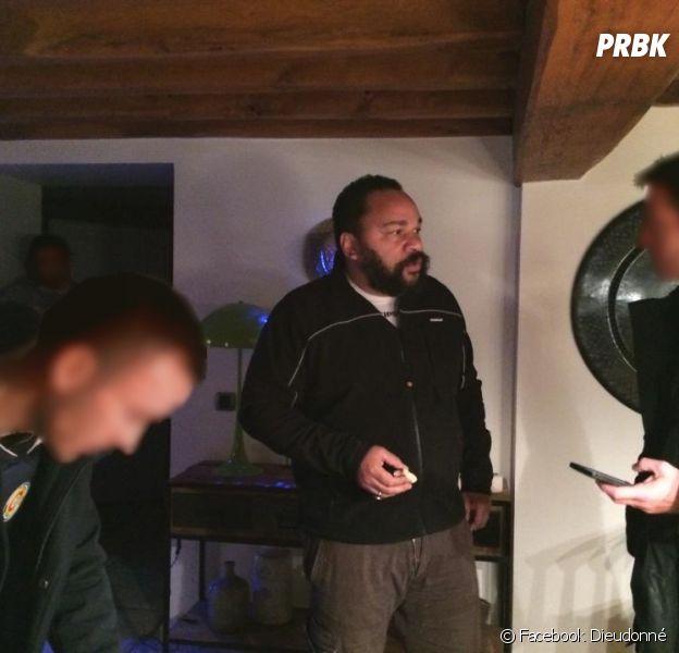 """Dieudonné arrêté par la police et placé en garde à vue pour """"apologie du terrorisme"""""""