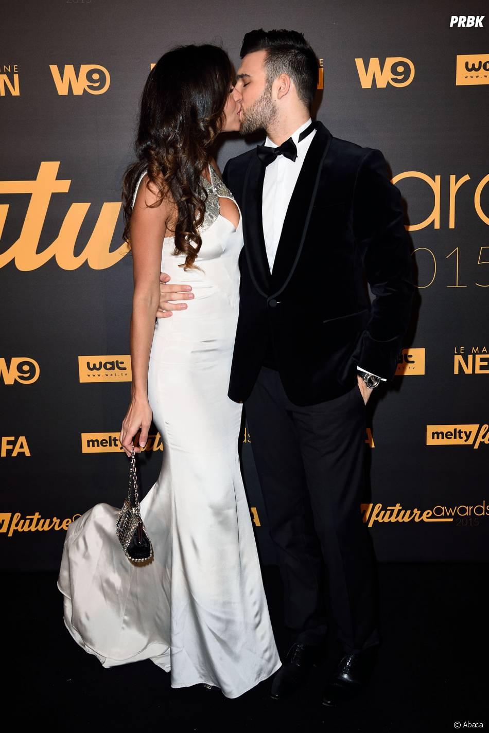 Leila Ben Khalifa et Aymeric Bonnery amoureux à la cérémonie des Melty Future Awards, le 28 janvier 2015 à Paris