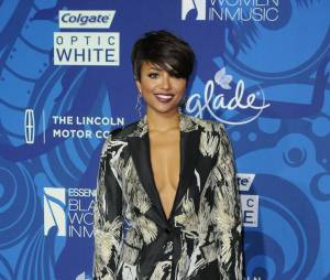 Kat Graham sur le tapis rouge de Black Women in Music organisé par le magazine Essence, le 5 février 2015 à Los Angeles