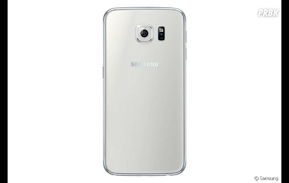 Samsung Galaxy S6 sort 10 avril 2015
