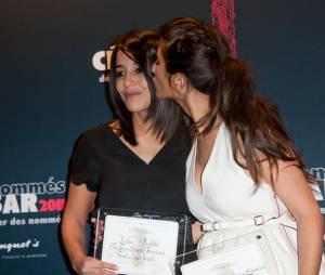 Leila Bekhti et Géraldine Nakache, amis complices sur le tapis rouge du déjeuner des nommés aux César 2011, février 2011