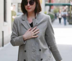 Dakota Johnson à New York, le 16 avril 2015