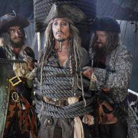 Pirates des Caraïbes 5 : Johnny Depp ligoté sur la première photo