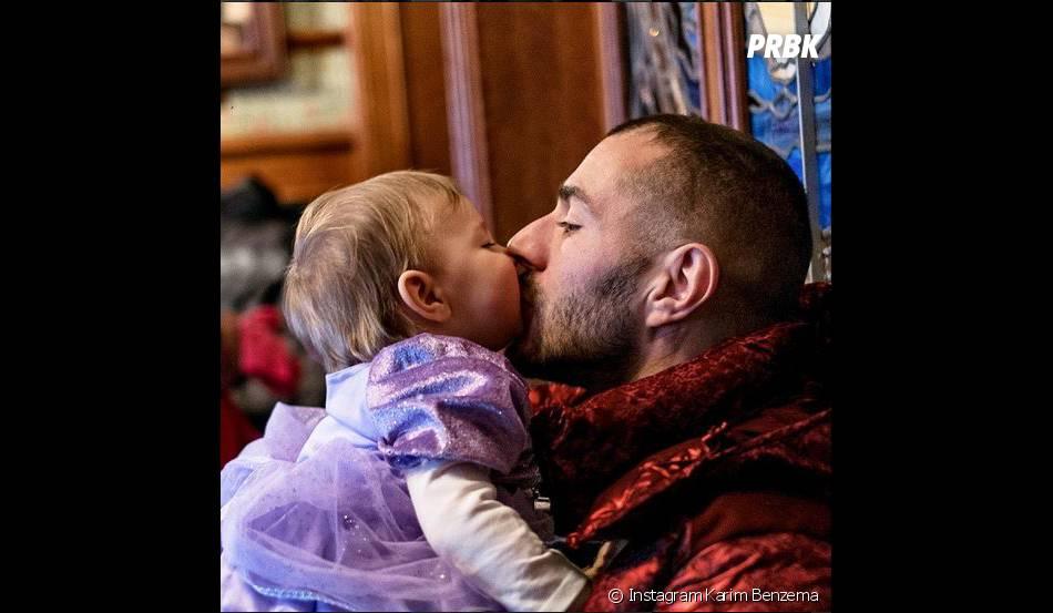 Karim Benzema : papa gaga avec sa fille Mélia en février 2015 sur Instagram