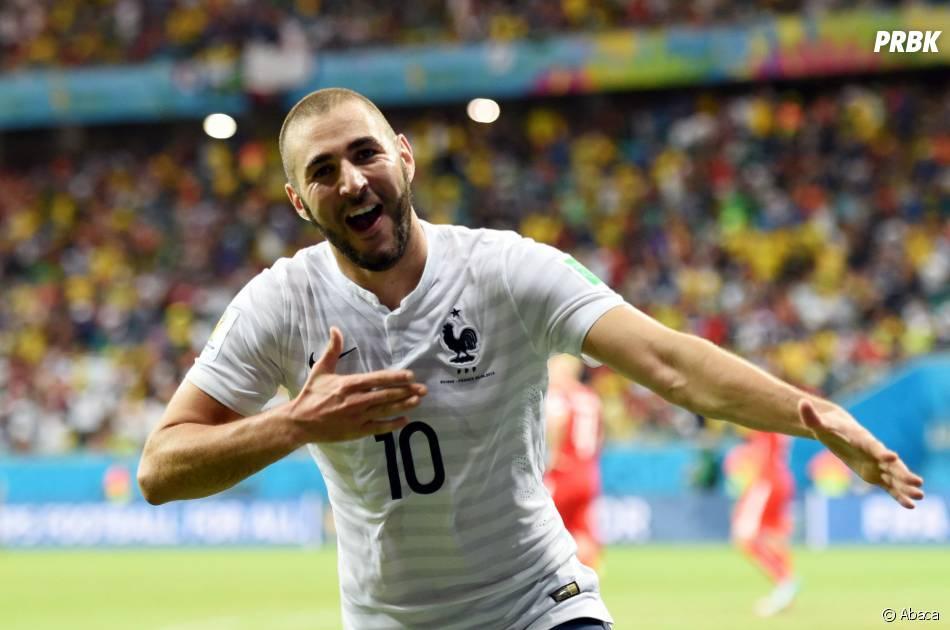 Karim Benzema célèbre son but face à la Suisse, le 20 juin 2014 au Brésil