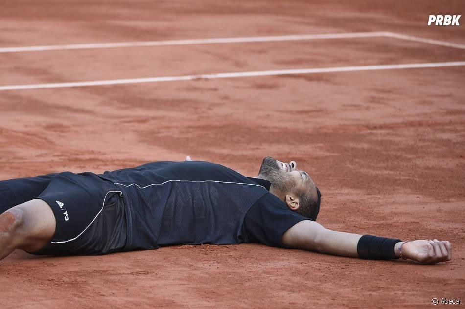 Jo Wilfried Tsonga gagnant et heureux lors des quart de finale de Roland Garros le 2 juin 2015