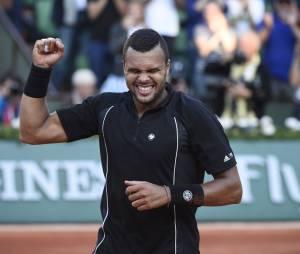 Jo Wilfried Tsonga gagnant lors des quart de finale de Roland Garros le 2 juin 2015