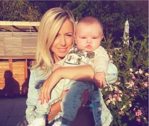 Stéphanie Clerbois (Secret Story) complice avec son fils Lyam en juin 2015 sur Instagram