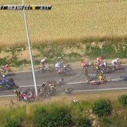 Tour de France 2015 : une chute spectaculaire provoque l'arrêt de la course (Vidéo)