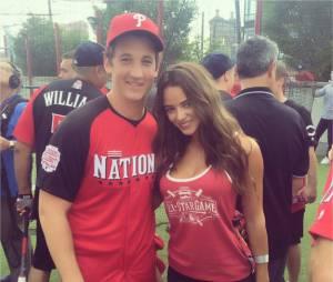 Miles Teller : Keleigh Sperry, sa petite amie sexy, fait monter la température sur Instagram