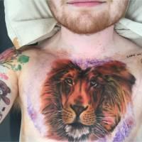 Ed Sheeran : son nouveau tatouage XXL critiqué, il répond sur Twitter
