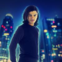 Flash saison 1 : 4 choses à savoir sur Carlos Valdes (Cisco)