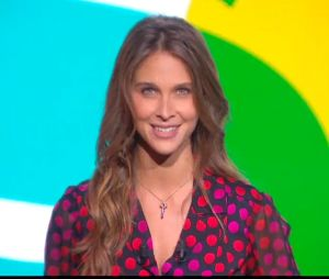 Ophélie Meunier : les premières minutes de ses débuts aux commandes de l'émission Le Tube, le 12 septembre 2015