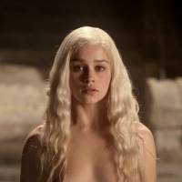 Game of Thrones saison 6 : Emilia Clarke (Daenerys) ne veut plus tourner nue