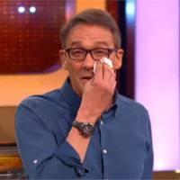 Julien Courbet en larmes après la victoire d'un candidat touchant dans A prendre ou à laisser