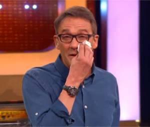 Julien Courbet en larmes après la victoire d'un vieux candidat dans A prendre ou à laisser