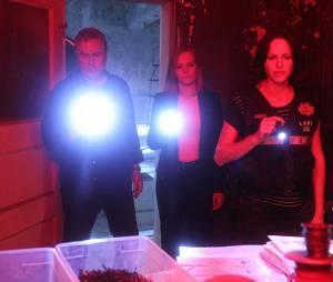 Les Experts : Gil Grissom (William Peterson), Catherine Willows (Marg Helgenberger) et Sara Sidle (Jorja Fox) sur une photo du dernier épisode