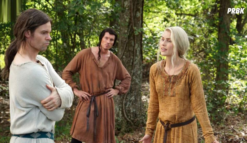 The Originals saison 3, épisode 1 : Daniel Gillies (Elijah), Casper Zafer (Finn) et Claire Holt (Rebekah) dans un flashback