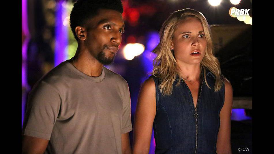 The Originals saison 3, épisode 1 : Leah Pipes (Cami) et Yusuf Gatewood (Vincent) sur une photo