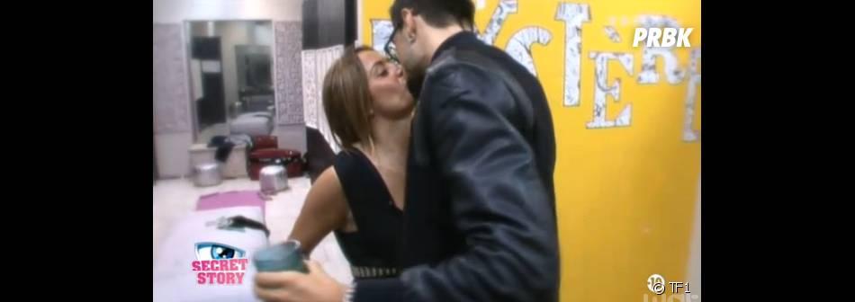 Secret Story 7 : Julien et Anaïs en couple dans la Maison des Secrets