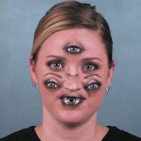 Le meilleur maquillage d'Halloween ? Des yeux sur tout le visage ! Apprenez à le faire en vidéo