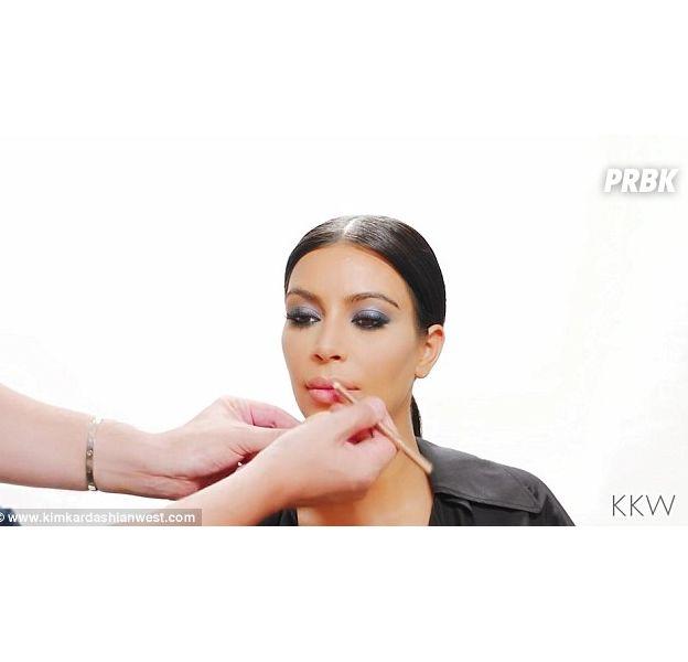 Kim Kardashian : un tuto make up pour avoir les lèvres aussi gonflées qu'elle