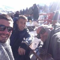 Anaïs Camizuli, Julien (Les Marseillais)... : hommages après la mort d'un ami lors d'une fusillade