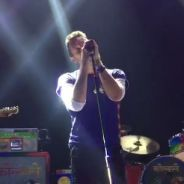 Coldplay : minute de silence et reprise d'Imagine en hommage aux victimes des attentats de Paris
