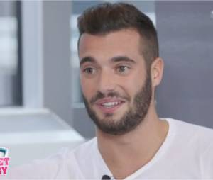 Loïc Fiorelli en interview face à Christophe Beaugrand : il donne des nouvelles de son couple avec Julie Ricci