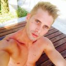 Benoît Dubois torse nu sur Twitter : les photos sexy de ses vacances au soleil