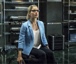 Arrow saison 4 : Felicity face à Calculator, son père