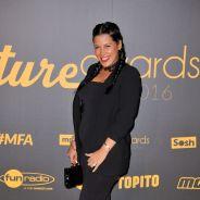 Ayem Nour enceinte et rayonnante : l'animatrice dévoile son ventre rond sur le tapis rouge