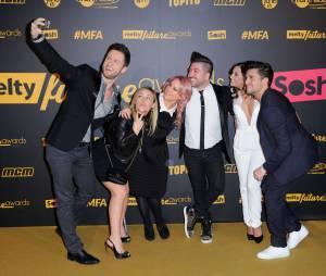 Priscilla Betti sexy, Olivier Dion, Chris Marques... l'équipe de DALS sur le tapis rouge des Melty Future Awards 2016