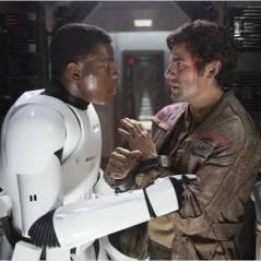 Star Wars 8 : un couple gay dans la suite ? John Boyega et le réalisateur sèment le doute