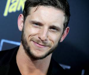 James Bond : Jamie Bell battu par Tom Hiddleston ?