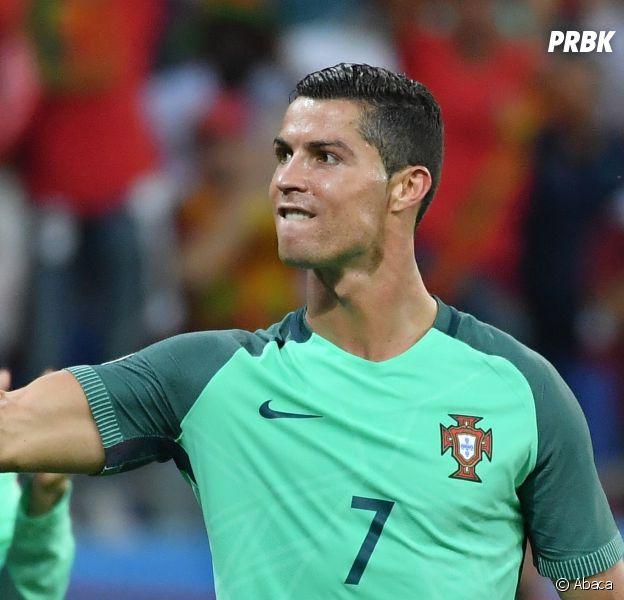 Euro 2016 : un nouvel hymne improbable pour les portugais avant la finale