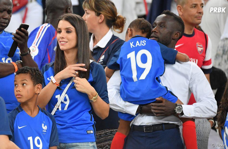 Bacary Sagna retrouve sa petite famille après la victoire de l'équipe de France