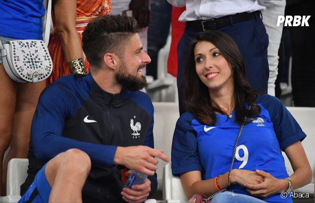 Olivier Giroud retrouve sa femme Jennifer Giroud après le match France-Allemagne