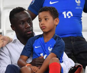 Bacary Sagna avec sa femme Ludivine Sagna et son fils Elias