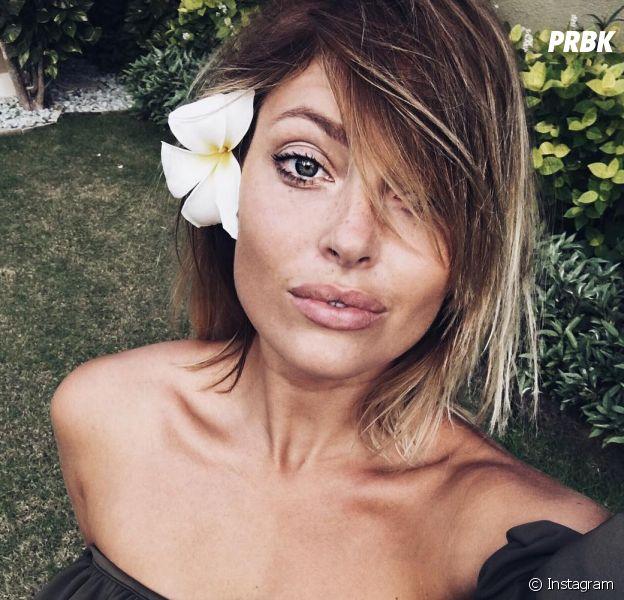 Caroline Receveur ultra sexy à Bali : elle s'explique (encore) sur la chirurgie esthétique.